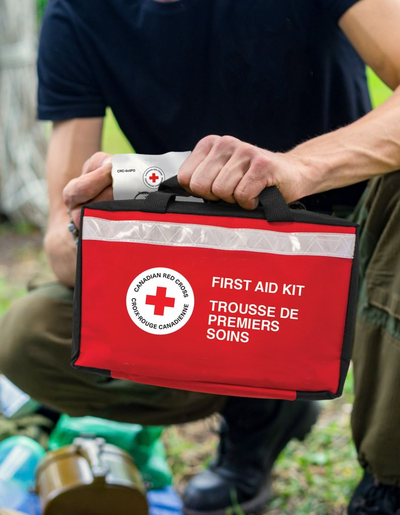 Canadian Red Cross Essential First Aid Kit